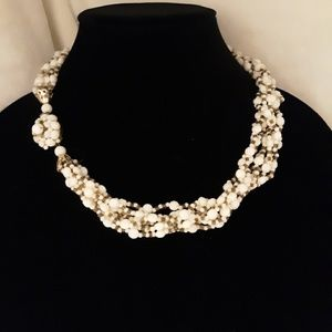 Jewelry - Vintage 1960s Multilayer Beaded Necklace